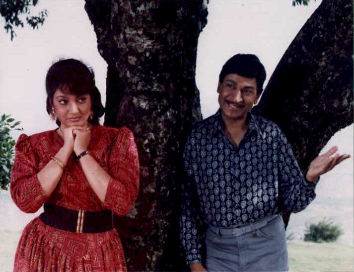 Kannadalyrics: Akasmika : Baaluvantha Hoove Kannada lyrics