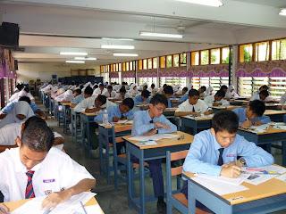 calon Penilaian Menengah Rendah,PMR,dewan peperiksaan,sekolah menengah