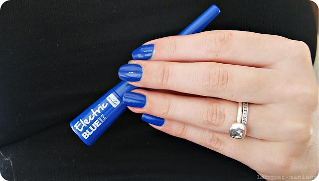 Wibo Electric blue - pierwszy niebieski eyeliner, do którego się przekonałam