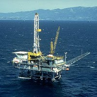 offshore rig pic