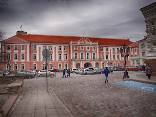 Экскурсии по Таллинну. Здание эстонского парламента