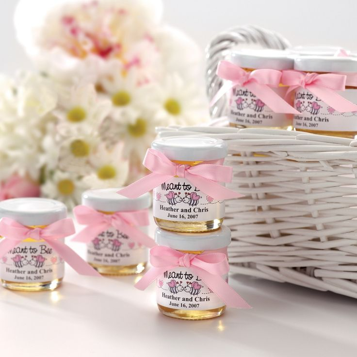 Hips Like Cinderella: Wedding Wednesday - Wedding Favours