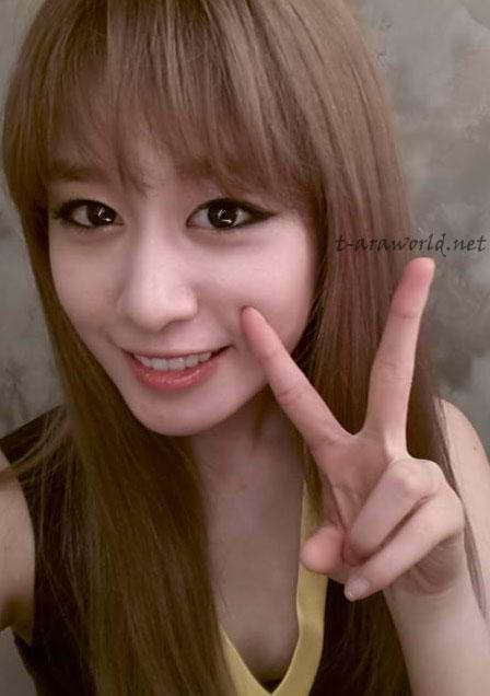 t-ara+jiyeon+selca+picture+%283%29.jpg