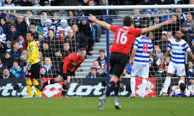 QPR 0 - 2 Manchester United (2)