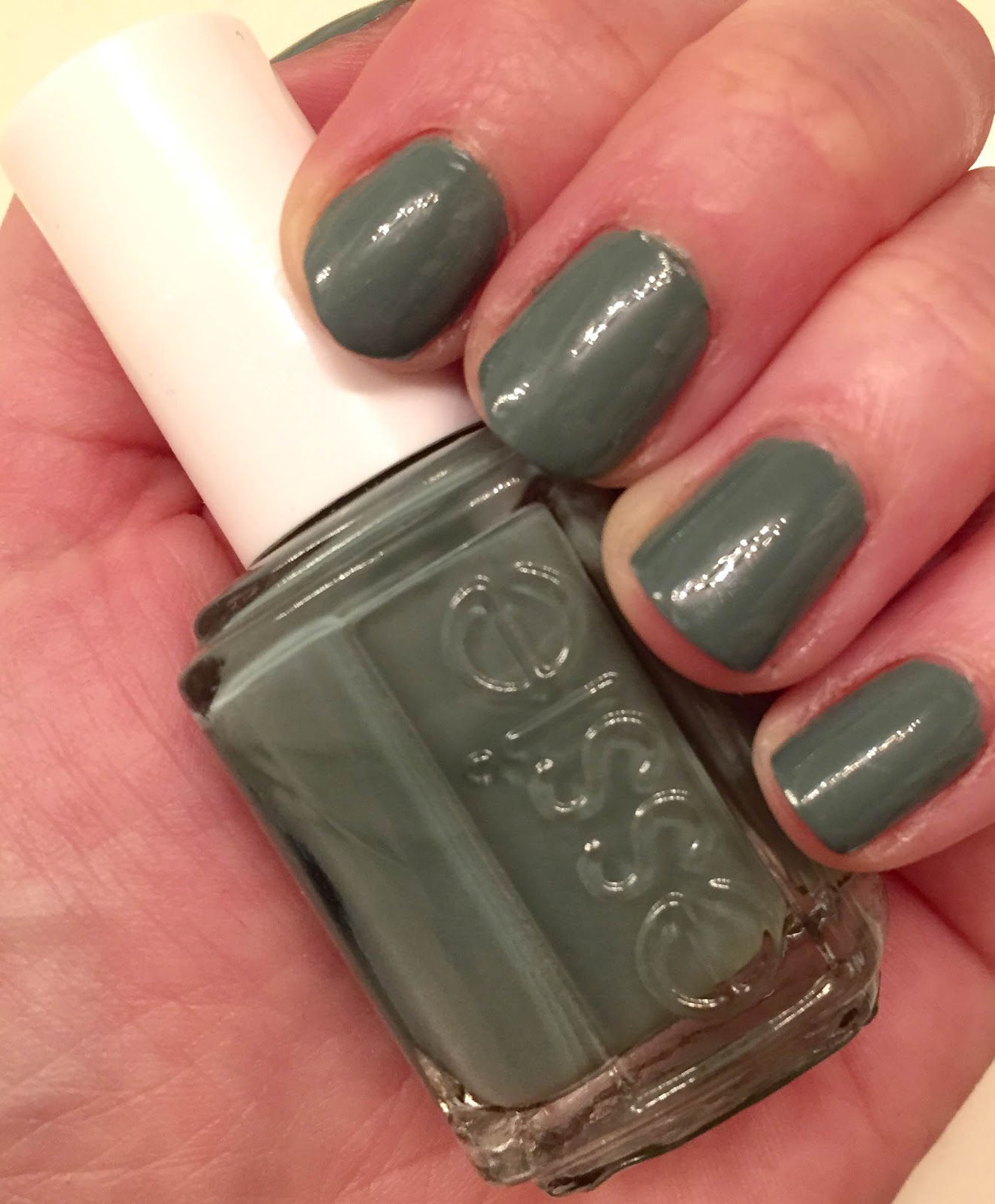 The Beauty of Life: #ManiMonday: Essie Fall In Line from the Fall ...