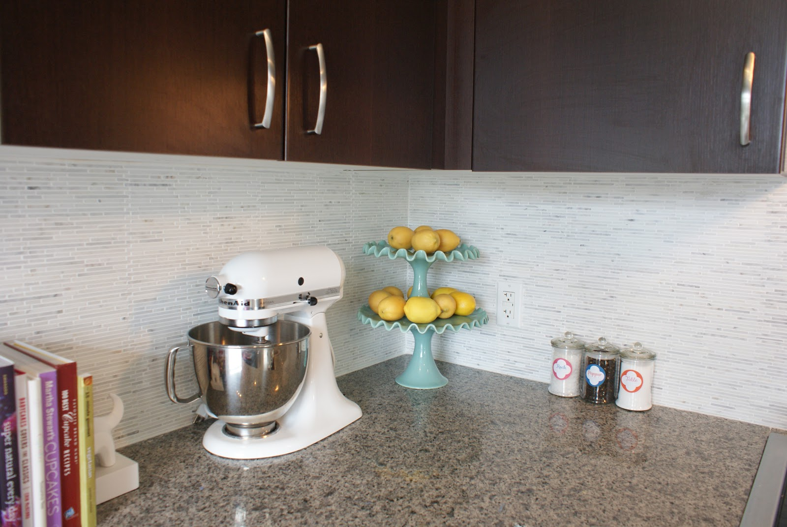 the social home: our carrara marble backsplash and kitchen tour