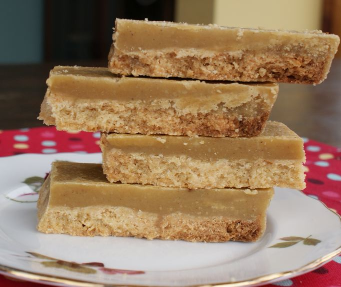 The KitchenMaid-: Sweet sweet Friday: Ginger crunch