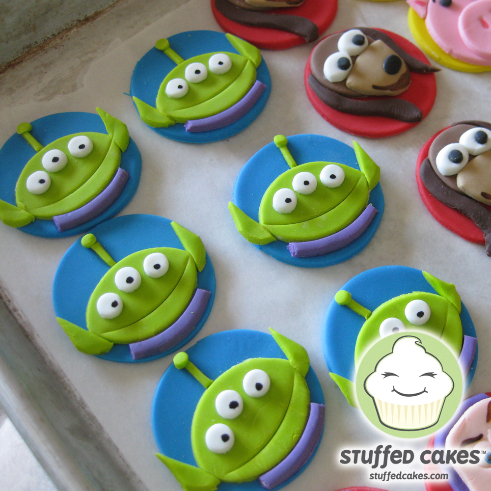 Stuffed Cakes: Toy Story Cupcake Toppers