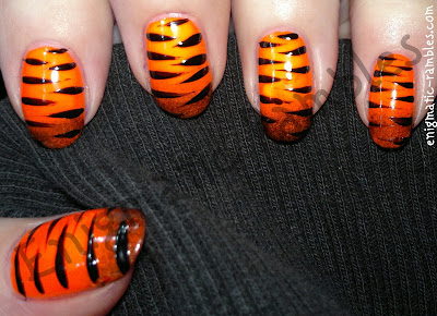 tiger-nails-freehand-nail-art