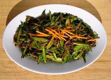 Lu Sun Niu Rou Si Asparagus With Beef Slivers
