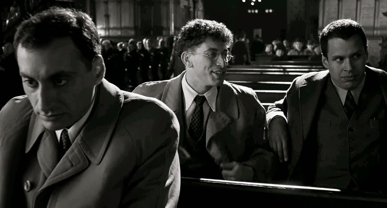 Schindlers List (1993) S2 s Schindlers List (1993)