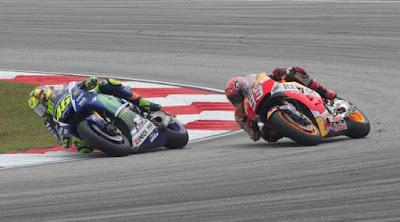 [Sports] Tiga Insiden Terkenal Rossi vs Marquez di MotoGP 2015