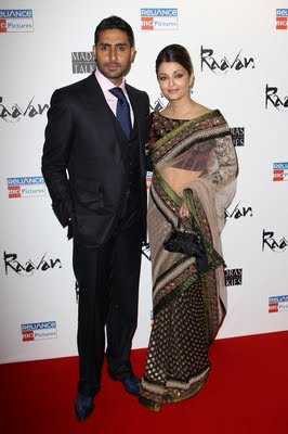 Aishwarya Rai Height in Saree with Abhishek