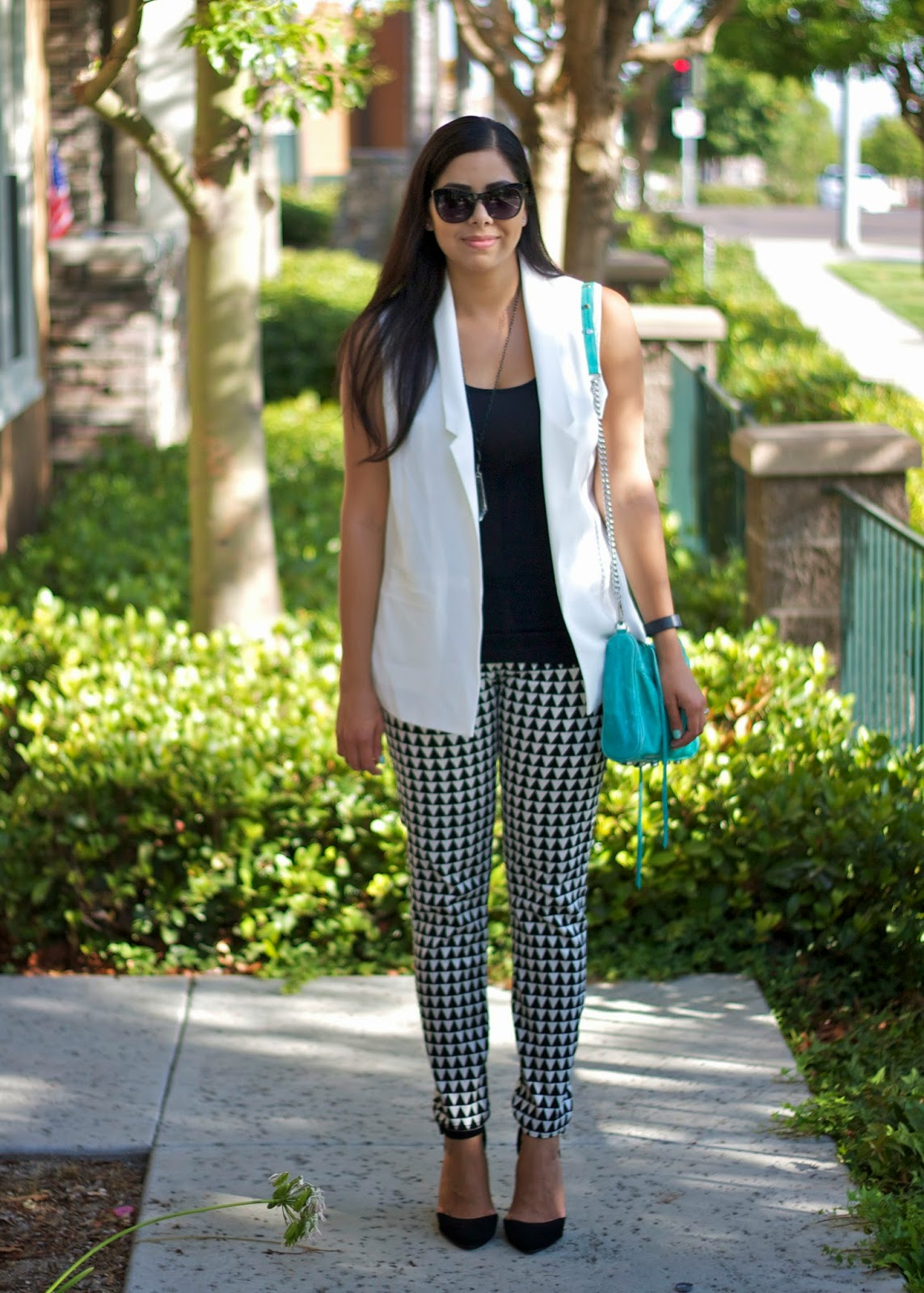 white vest outfit, how to wear geo print pants, black and white printed pants, how to wear black in white 2014