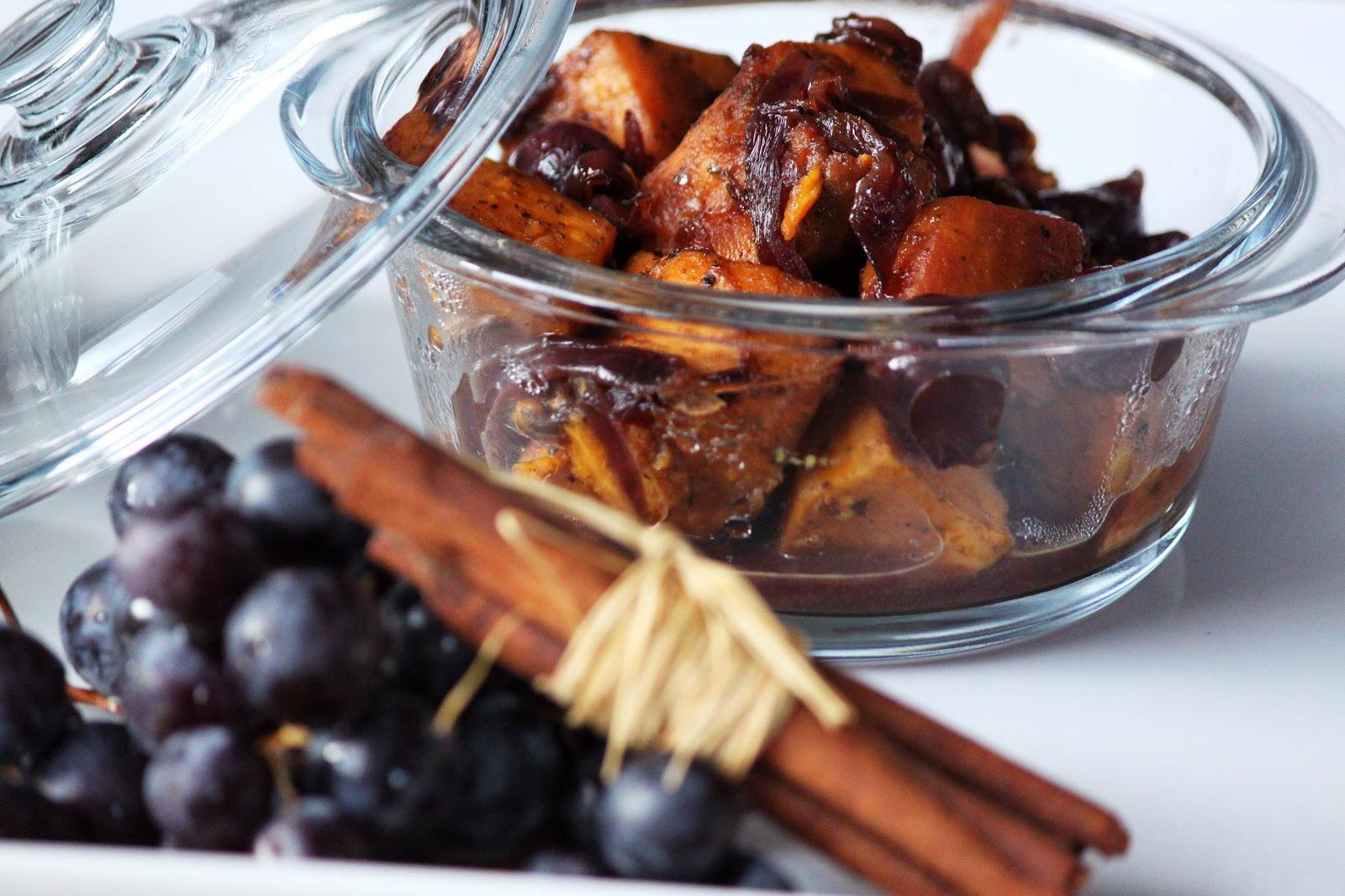 tajine de patates douces et raisins noirs sof vous invite. Black Bedroom Furniture Sets. Home Design Ideas