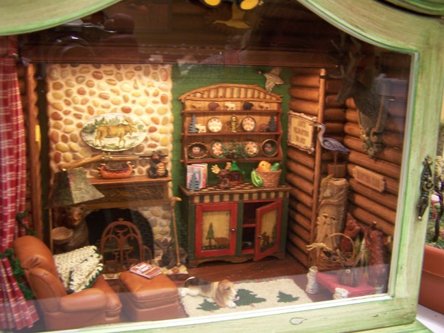 Candid Canine Wee C Dollhouse Miniatures Displays 4