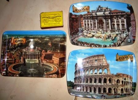 Suvenir Piring Plastik Roma