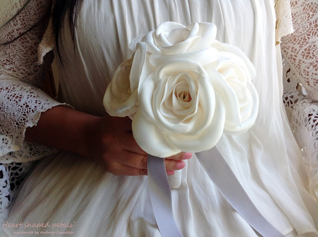 Fabric bouquets roses