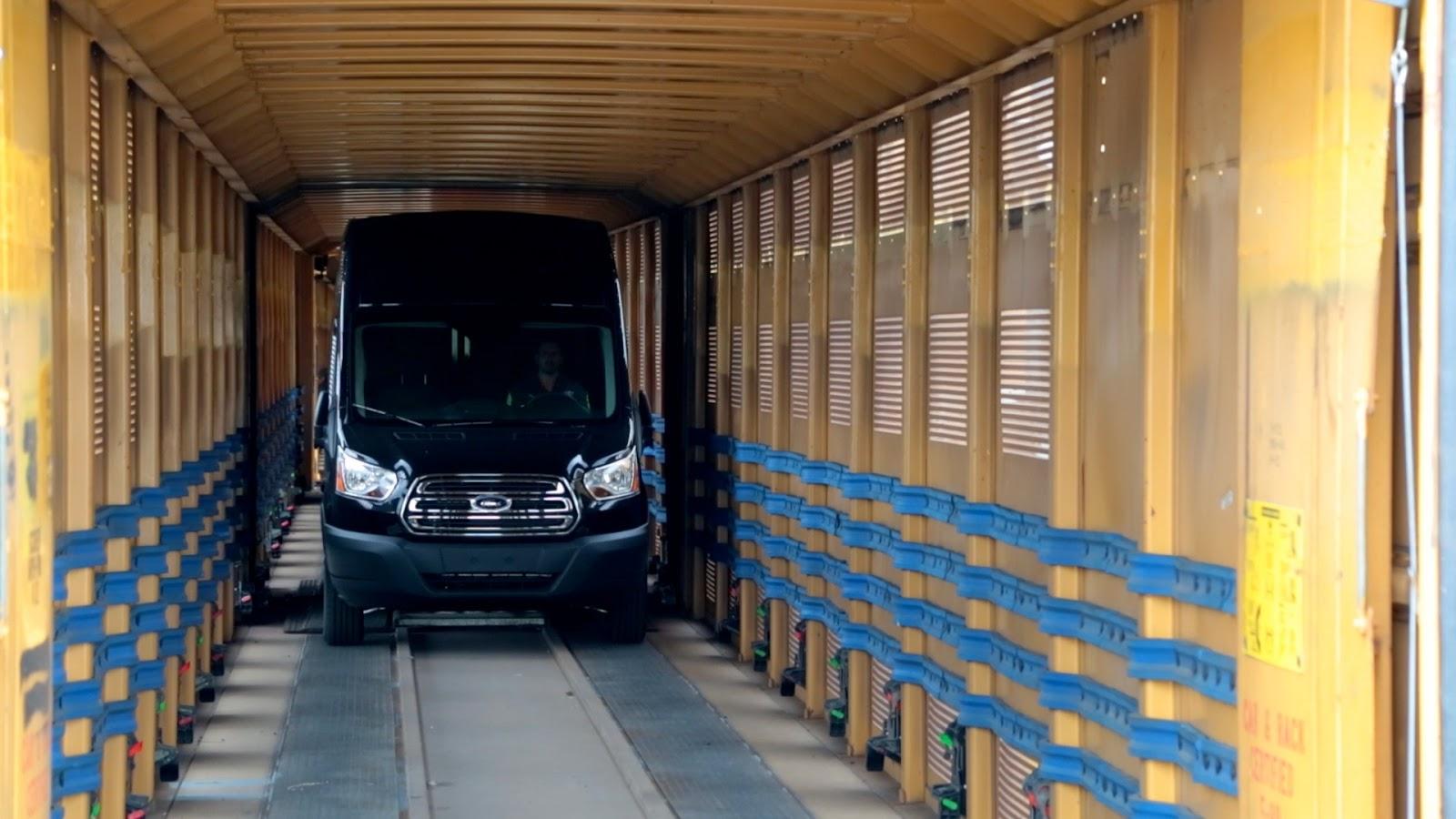 2014 Ford Transit High Roof black rail car