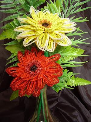 герберы бисер цветы
