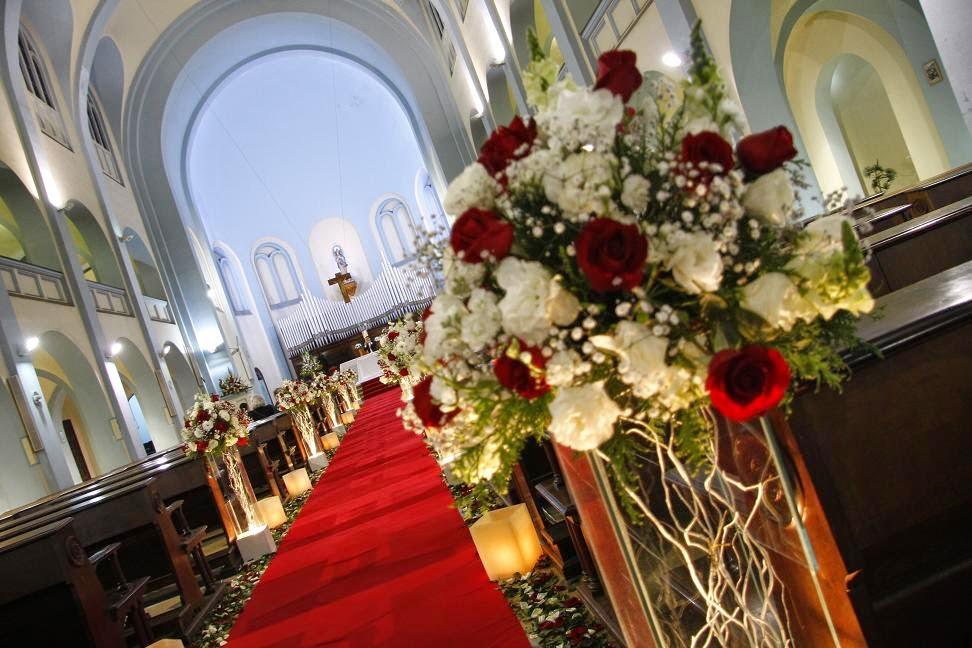 Para noivas Decoraç u00e3o de casamento vermelho e branco -> Decoração De Casamento Vermelho E Branco Simples Na Igreja