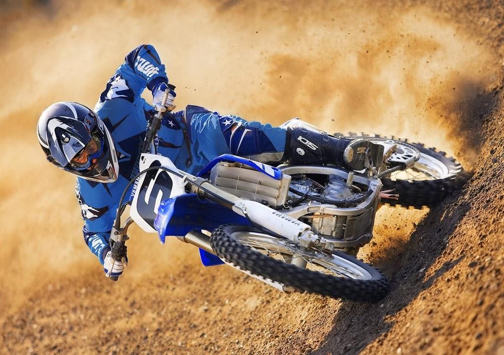 Yamaha YZ450F Dirt Rider Motocross Bike Gallery