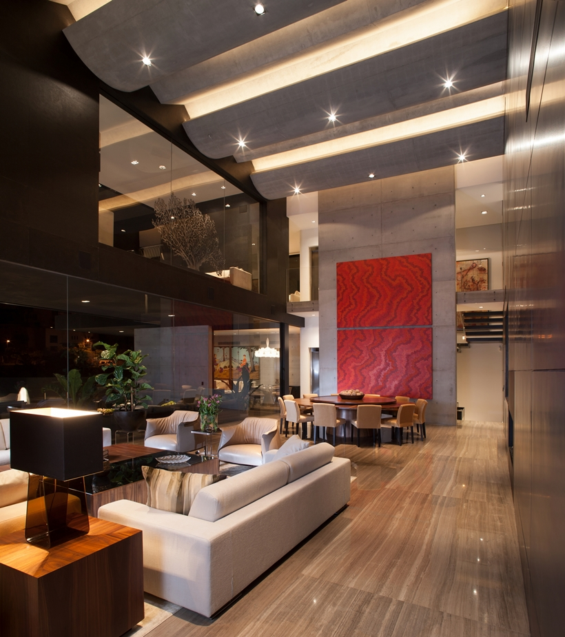 Living room in Dominant modern mansion by GLR Arquitectos