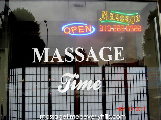 massage robertson blvd