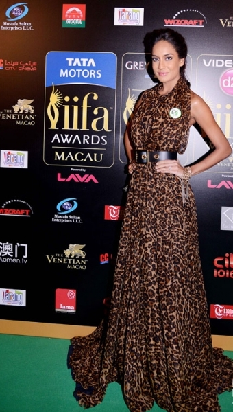 Lisa Haydon in Gucci at IIFA