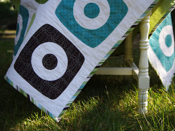 Boxy Rings Baby Quilt