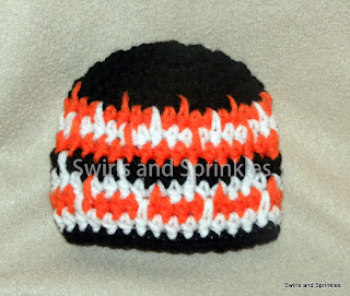 Swirls and Sprinkles: Zaggin hat pattern by Hooked in yarn.  Hat by Swirls and Sprinkles
