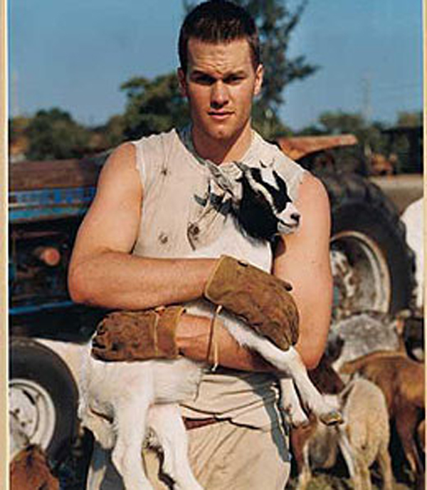 tom+brady+holding+a+goat+photoshoot.jpg