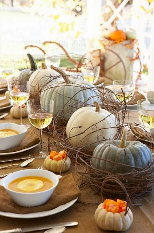 At home embracing fall hamptons style - Pumpkin decorating ideas autumnal decor ...