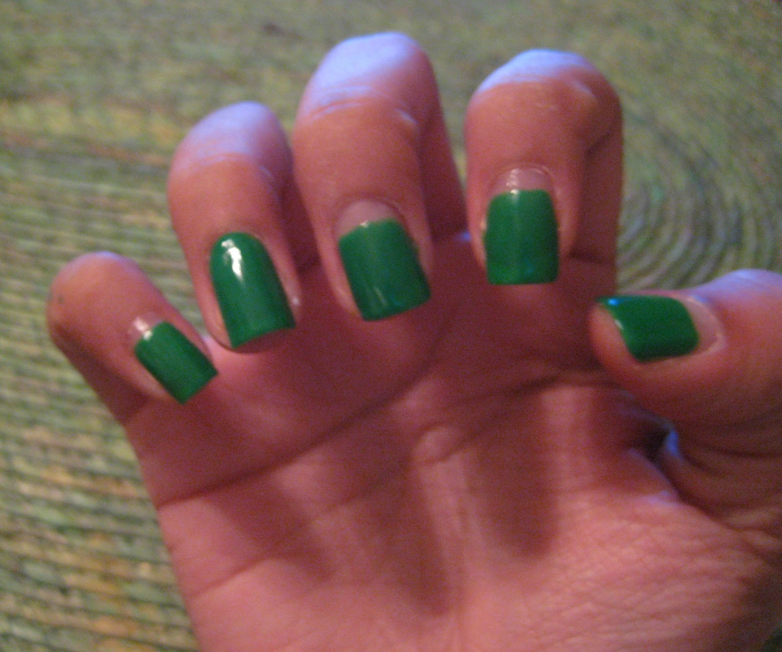 5 Finger Discount: Cute Holiday Nail Art on a budget: easy St ...