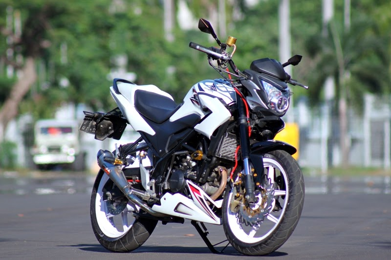 Foto Honda CB150R Modifikasi Model StreetFire