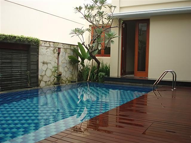 rumah minimalis ada kolam renang cari inspirasi rumah disini