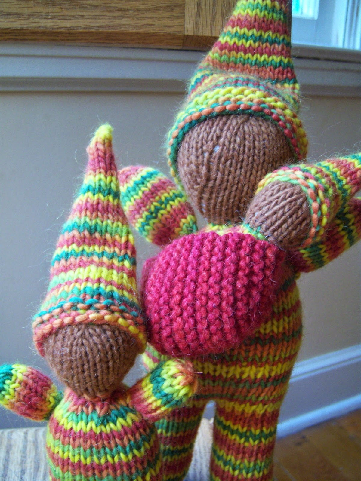 Gnome Knitting Pattern : Simply Playing: Knitted Gnome Family Pattern