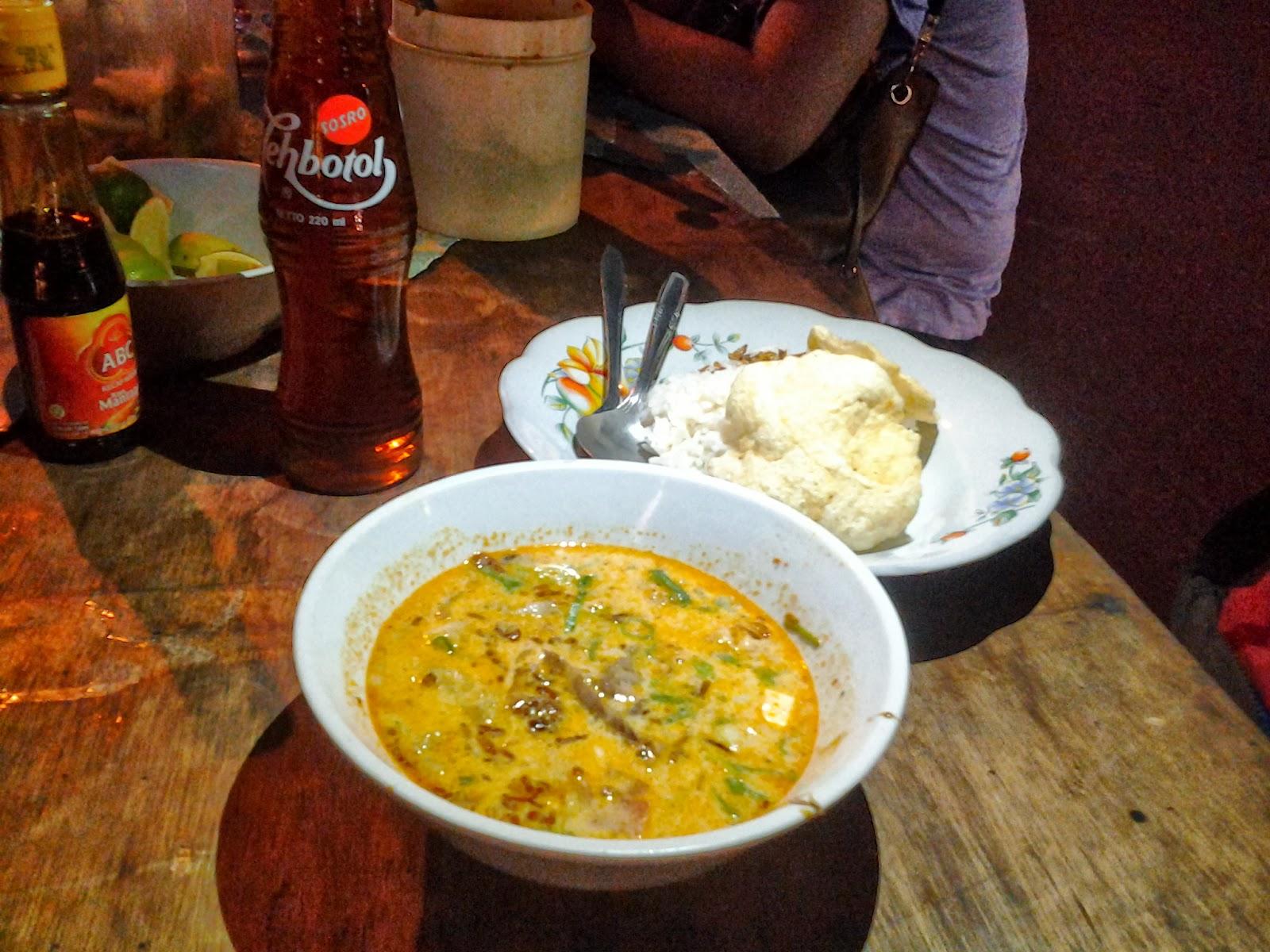 bingung kuliner soto betawi di jakarta enak dan murah