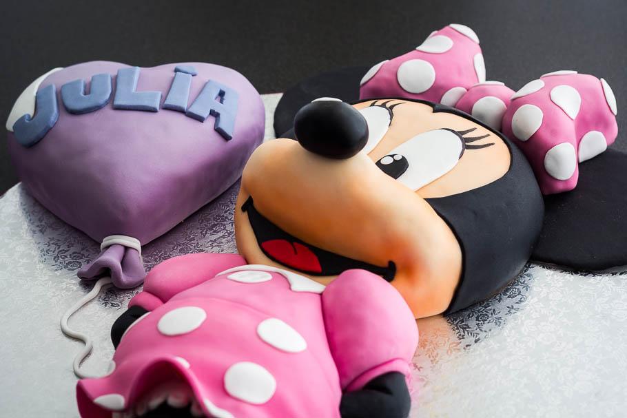 Tarta Minnie Mouse de fondant