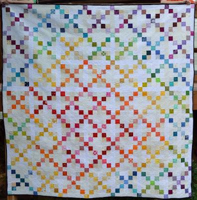 Happy Quilting: Super Scrappy Single Irish Chain - A Finish and ... : irish chain quilt for sale - Adamdwight.com