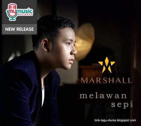 Foto Penyanyi Marshall