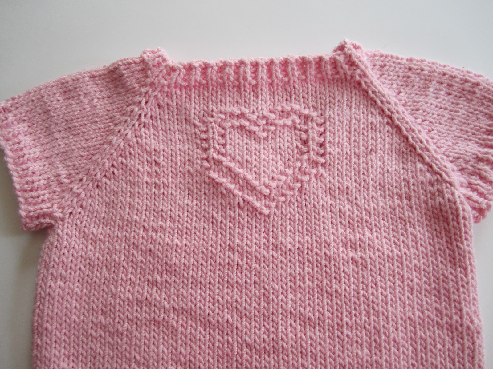 Joining Stitches When Knitting In The Round : Down Cloverlaine: Sweet Tee