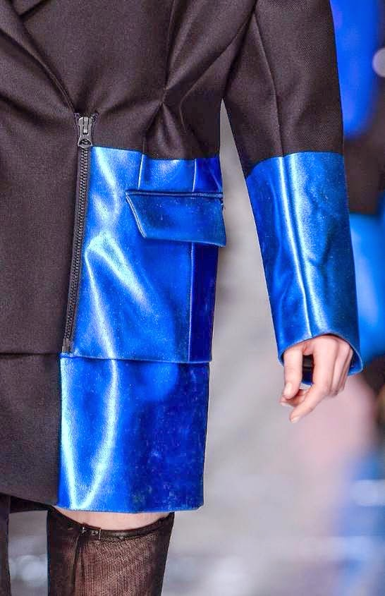 acne-aw-2014-fashion-show-coat-blue-details