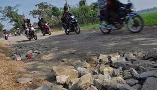 Infrastruktur di Banyuwangi : jalan Kampung Bongkoran, Wongsorejo, Banyuwangi akan diperbaiki.