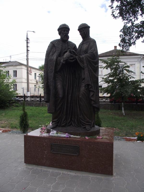 Памятник с ангелом Мыски Резные памятники Рузаевка