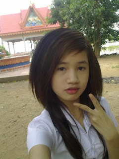 Youko Saki Lin Facebook Cute Girl Student Uniform Photo 6