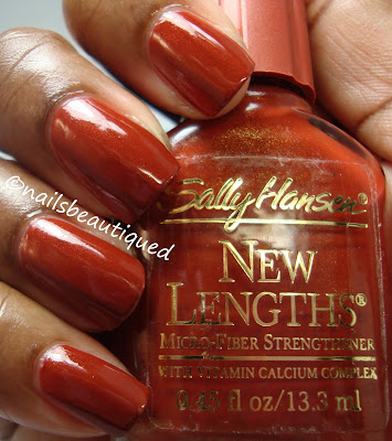 Sally Hansens New Lengths Amber Beads Creme