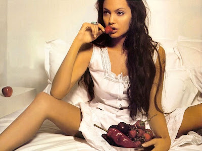 angelina jolie enjoying peppers