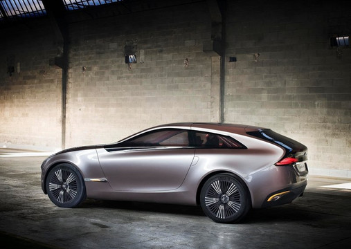 Hyundai i-oniq Concept With Penthouse Roof