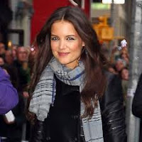 Katie Holmes - people with herpes